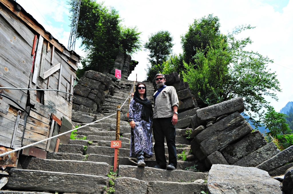 A flight of 80 steep rock steps leads to the ruins of Sharda University